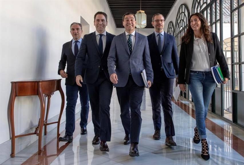 Ciudadanos Cs pacta con el PP solo 23 medidas de las 90 para Gobernar Andalucía
