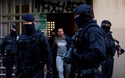 Detenidos 17 inmigrantes de la célula yihadista de Barcelona, querían cometer atentados