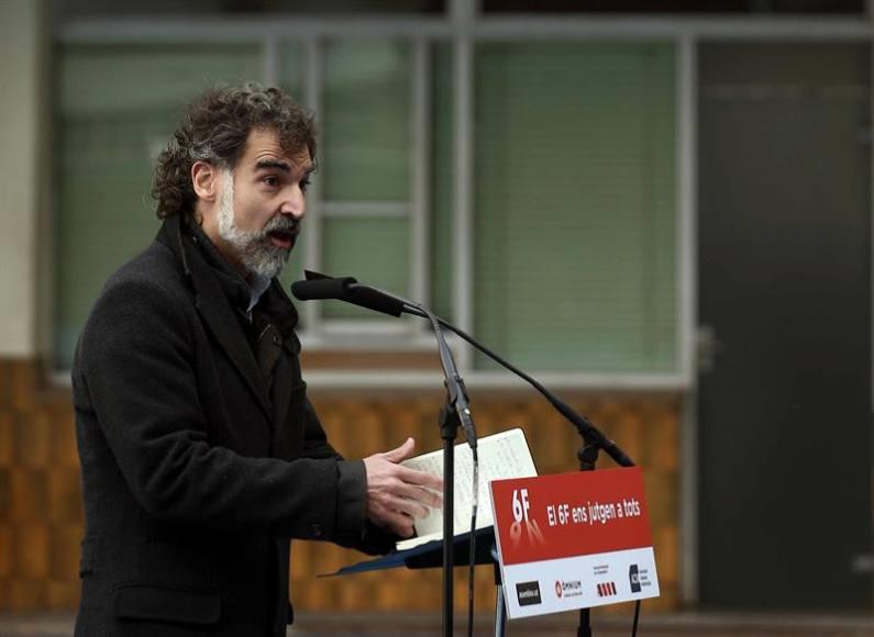 """Preso Jordis: """"Es el rey quien debería sentarse en el banquillo de los acusados"""" del Procés"""