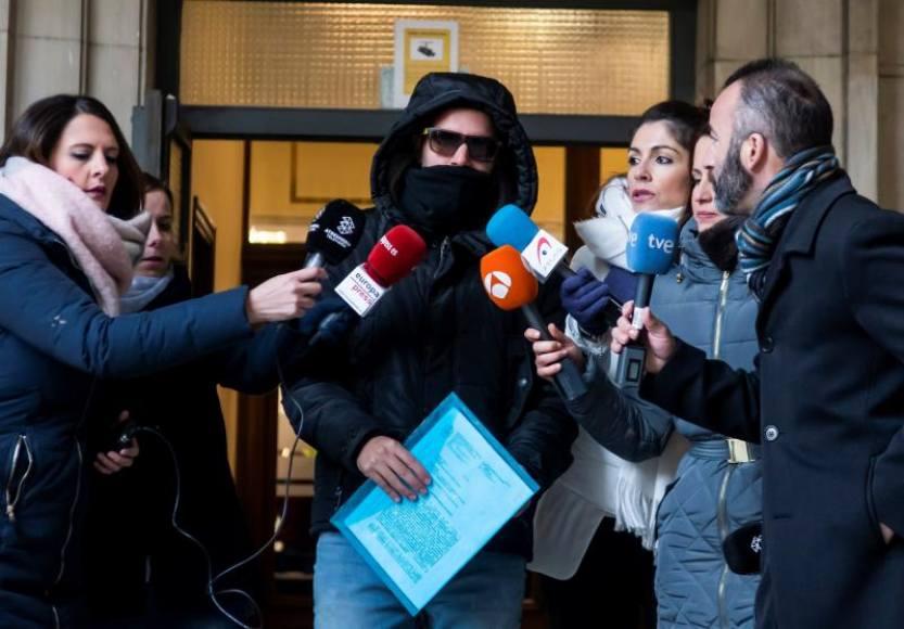 El Tribunal rechaza los recursos de feministas y mantiene en libertad a «La Manada»