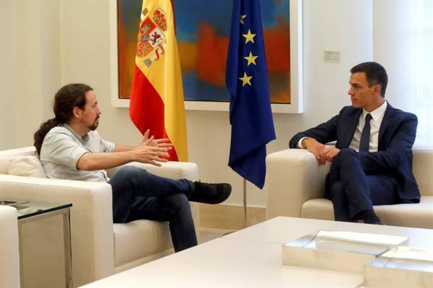 Sánchez e Iglesias se reúnen en la presidencia de Gobierno para hablar del dinero