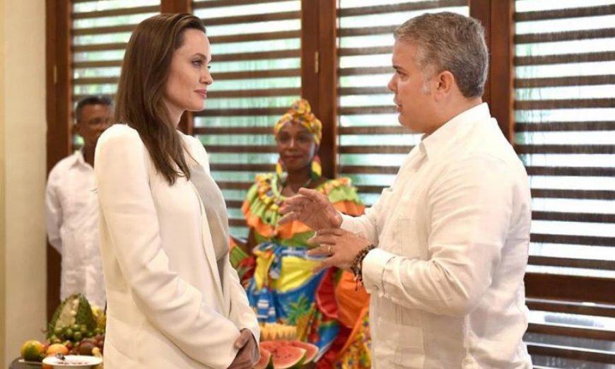 FOTOGRAFÍA. CARTAGENA (COLOMBIA), 08.08.2019. Fotografía cedida por la Presidencia colombiana que muestra al presidente de Colombia, Iván Duque (d). Efe
