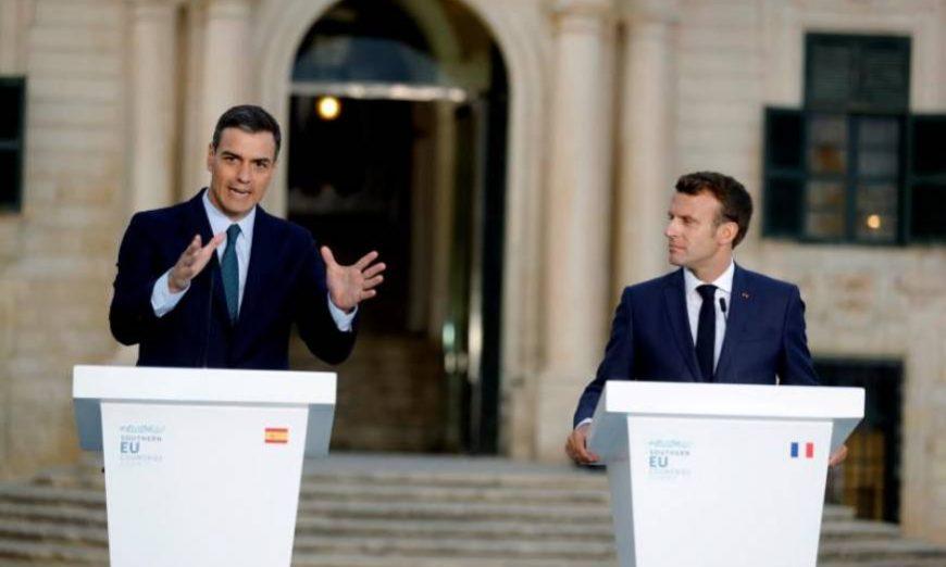 FOTOGRAFÍA. LA VALETA (MALTA), 14.07.2019. El presidente del Gobierno en funciones de España, Pedro Sánchez (i), junto al presidente francés, Emmanuel Macron (d). Efe
