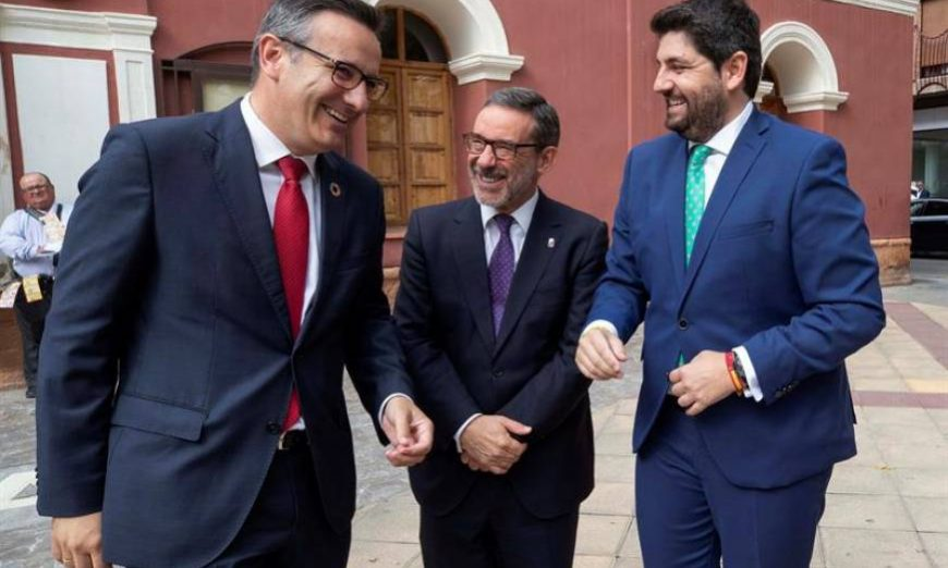 FOTOGRAFÍA. LORCA (MURCIA) ESPAÑA, 08.07.2019. El presidente de la Comunidad de Murcia Fernando López Miras (d) (PP). Efe