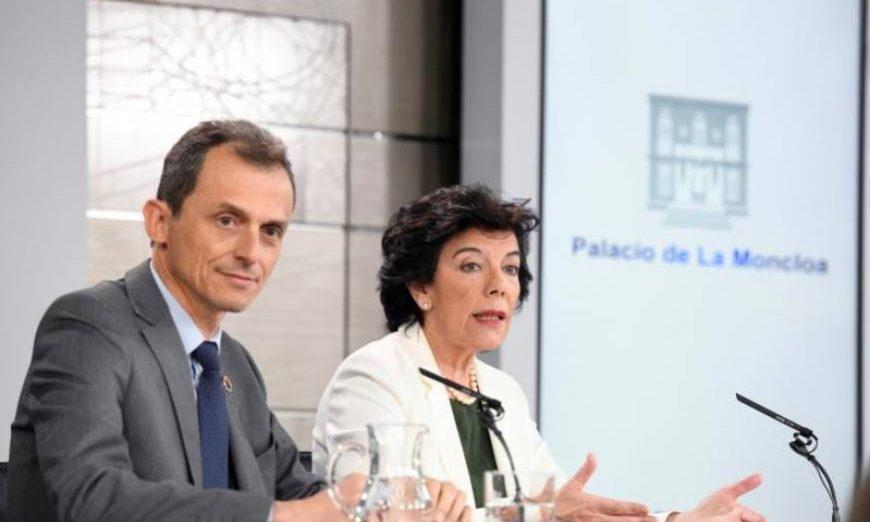 FOTOGRAFÍA. MADRID (ESPAÑA), 07.07.2019. El ministro de Ciencia, Innovación y Universidades Pedro Duque, y la ministra Portavoz Isabel Celaá. Efe.