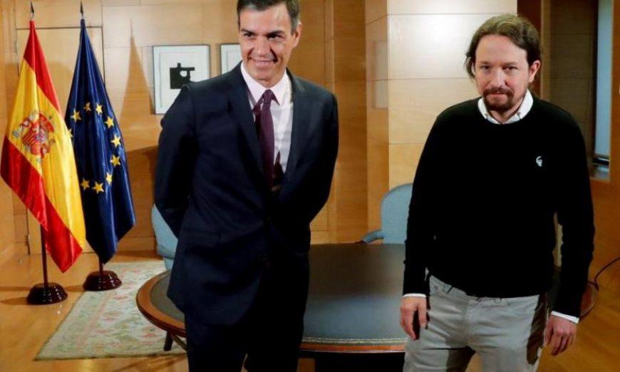 FOTOGRAFÍA. MADRID (ESPAÑA), AÑO 2019. El presidente del Gobierno en funciones, Pedro Sánchez (i) (psoe), y el líder de la formación de extrema izquierda en España, Podemos, Pablo Iglesias. Efe.