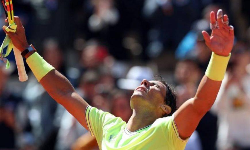 FOTOGRAFÍA. PARÍS (FRANCIA), 07.06.2019. El tenista español Rafa Nadal celebra su pase a la final de Roland Garros. Efe.
