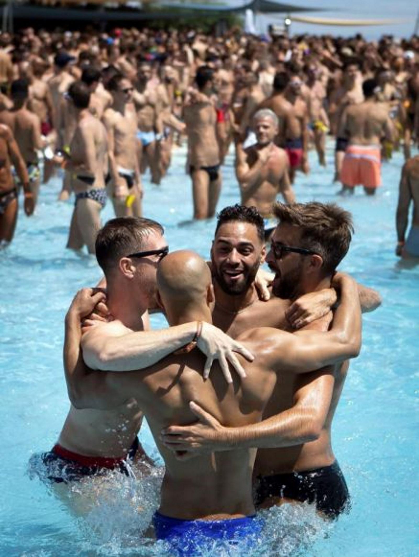 fiestas gay en barcelona hoy