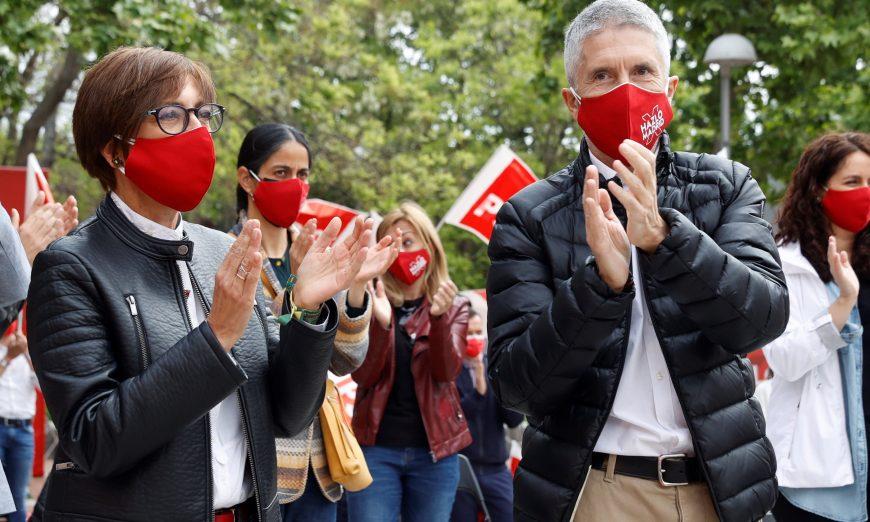 FOTOGRAFÍA. MADRID (ESPAÑA), 24.04.2021. Fernando Grande-Marlaska y la jefa de la Guardia Civil María Gámez piden el voto para el PSOE. Efe